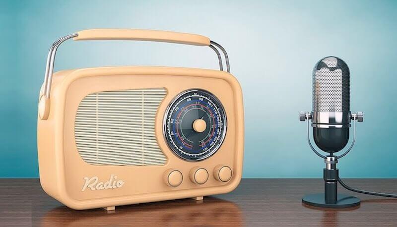 Почему я до сих пор слушаю радио?