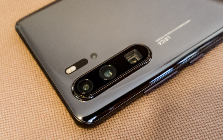 Линзы камер Huawei будут произвольной формы. Баг или фича?
