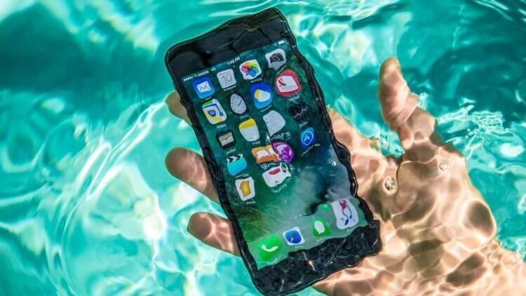 Пять самых интересных водонепроницаемых смартфонов