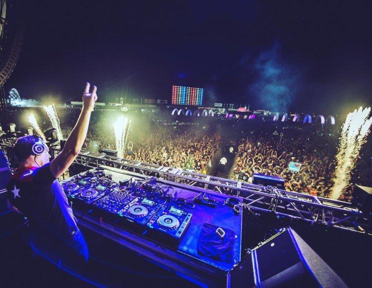 Tiesto يصدر ألبومًا جديدًا - لماذا يجب أن تستمع إليه؟ 2