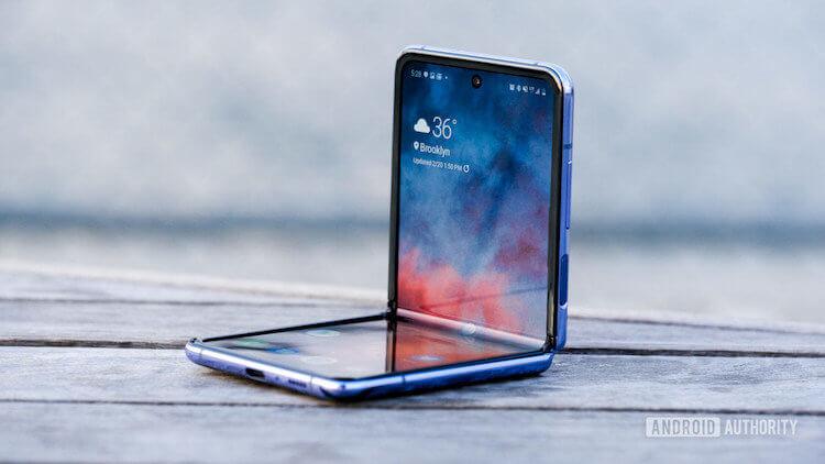 В новых Samsung Galaxy Fold могут использоваться стекла Gorilla Glass