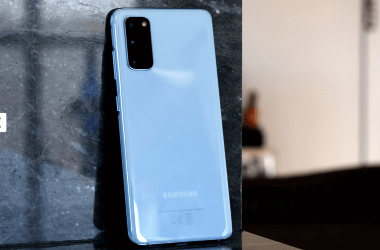 Что лучше купить: Samsung Galaxy S20 FE или Galaxy S20?