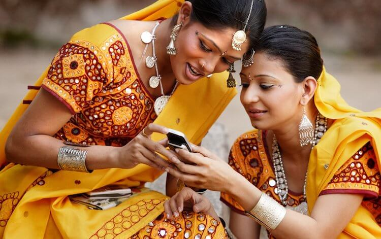 Телефоны в Индии