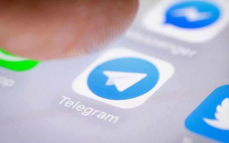 Павел Дуров предупредил о появлении платных функций и рекламы в Telegram