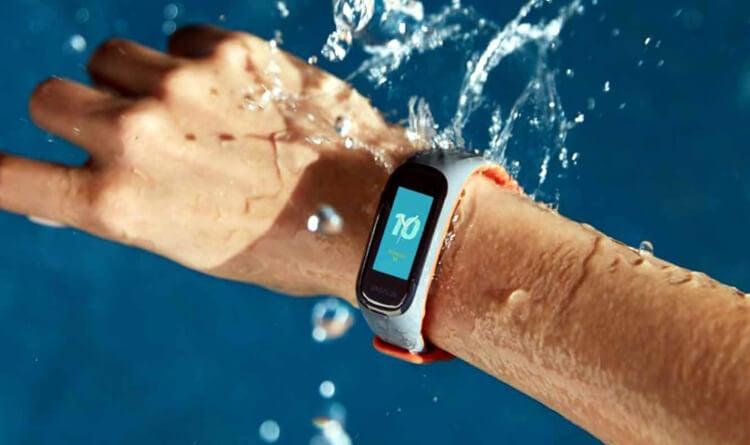 Фитнес-браслет OnePlus