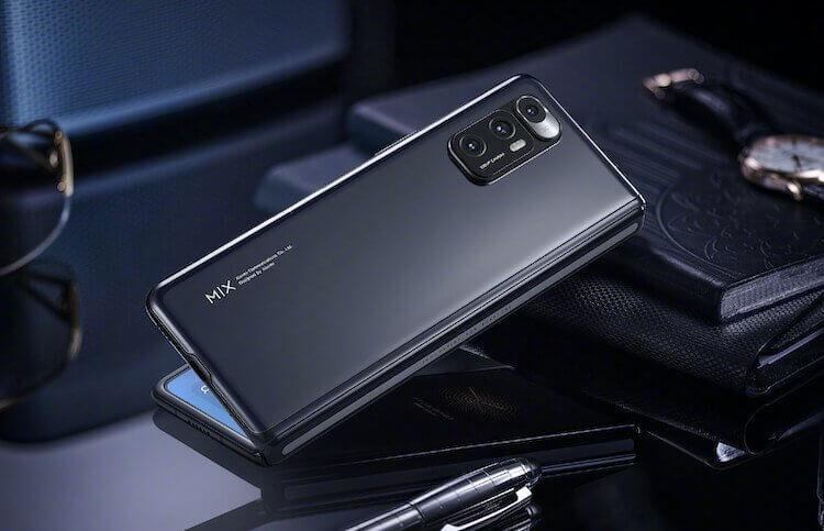 AirTag от OPPO и складной планшет Samsung: итоги недели
