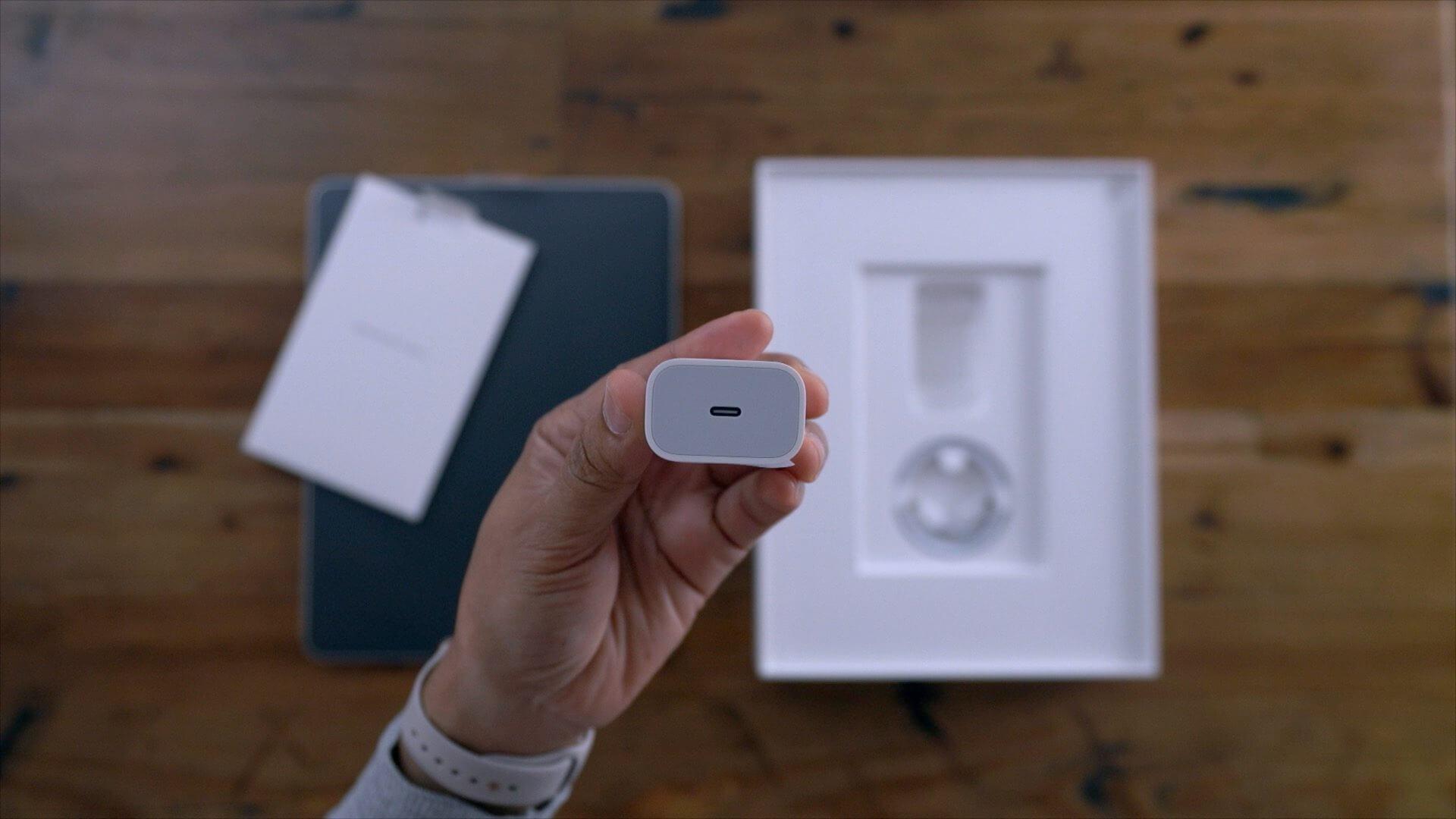 Зарядник Apple