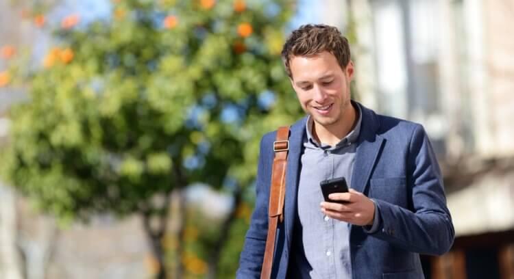 Спасибо, Google: Android отучит вас пялиться в телефон на ходу
