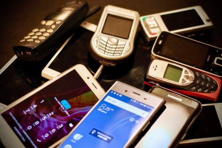 Почему современные телефоны такие одинаковые