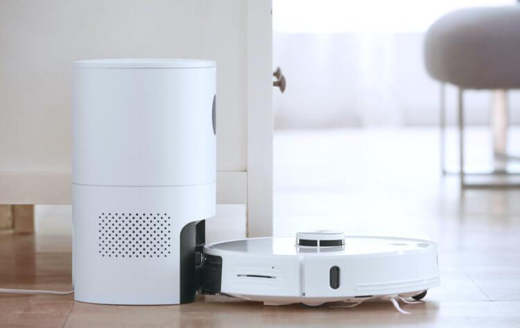 Робот-пылесос с самоочисткой